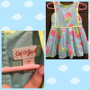 6 baby items for $15! Blue print dress 12 Months